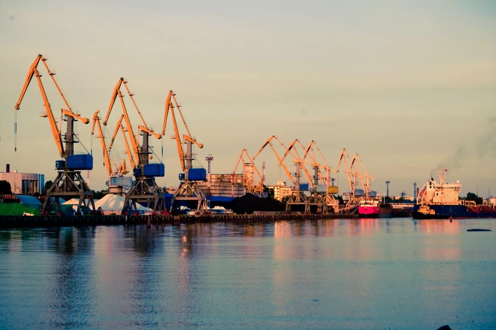 Все порты перейдут на рубли к 2025 году