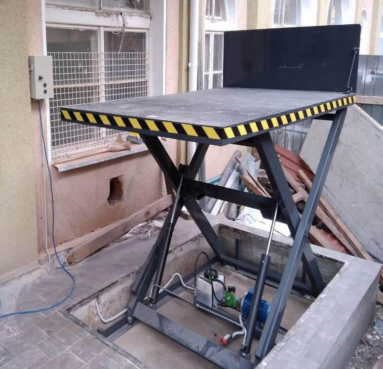Гидравлический подъемный стол для автосервиса: характеристики, виды, как работает