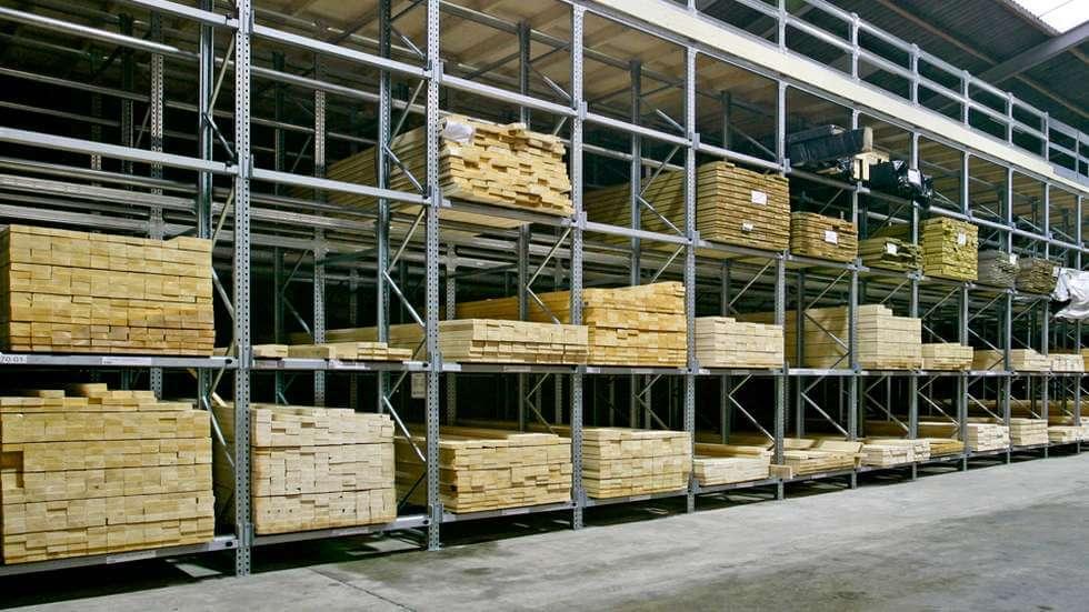 Стеллаж для товара в магазине: виды конструкции, особенности, материалы изготовления