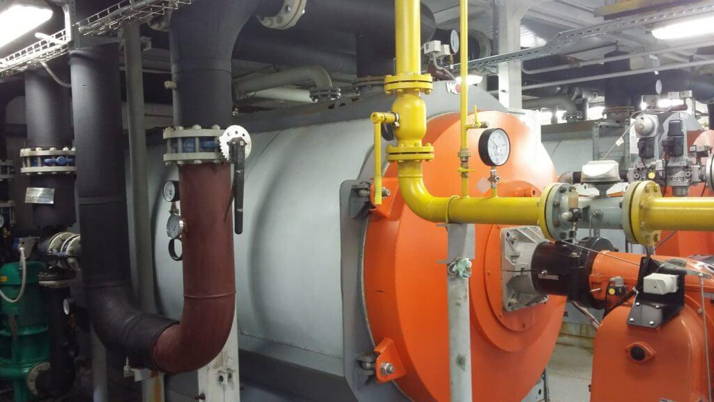 Промывка промышленных котлов и теплообменников от накипи: чем и как выполняется